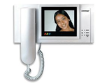 видео- и аудиодомофоны, монитор видеодомофона, вызывные панели и трубки