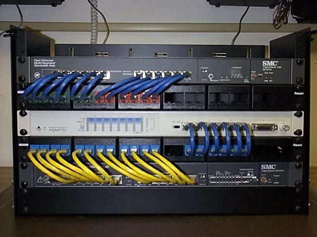 Серверные, телекоммуникационные шкафы, стойки. Патч-Панели, Кроссы, Оптические боксы, Розетки